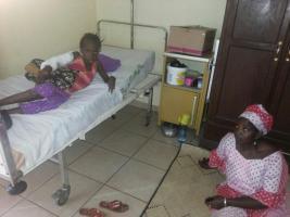 31.07.2014 Sortie d'hôpital - Kadia et sa maman